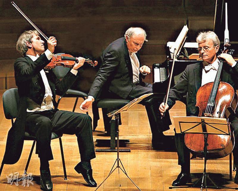 布拉格瓜奈里三重奏中國演出行程臨時被取消,此前已有3個捷克樂團被取消訪華演出。圖為該樂團的演出照。(網上圖片)