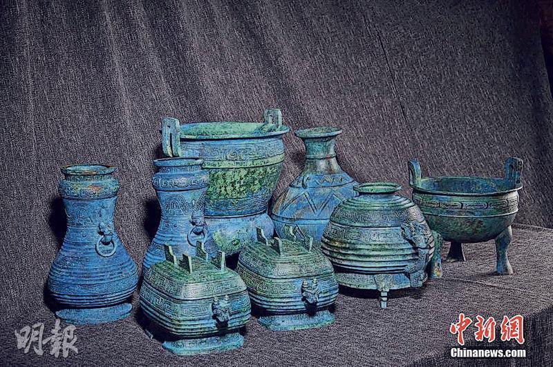 國家文物局昨日表示,流失日本多年的曾伯克父青銅組器被成功追索並已回歸,屬內地近年在國際文物市場成功制止非法交易、實施跨國追索中價值最高的一批文物。(網上圖片)