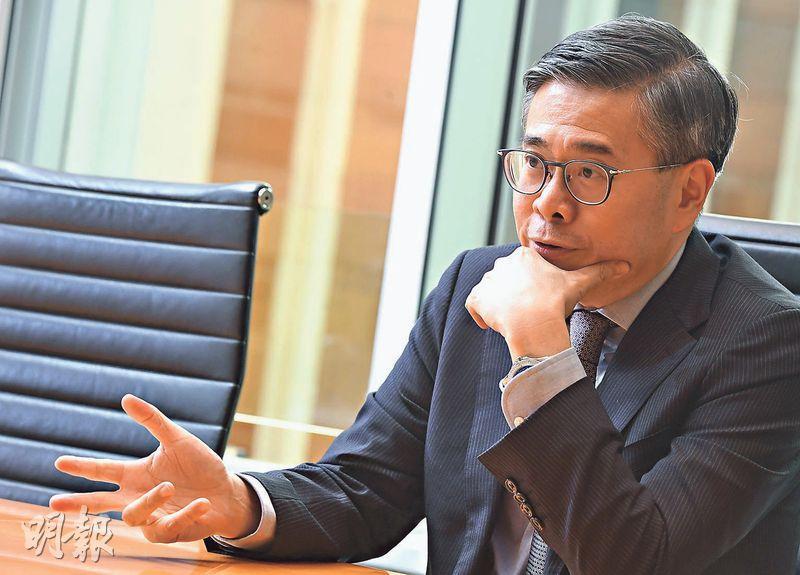 陽光房託行政總裁吳兆基表示,集團估值上升,主要是靠租金增長帶動。(劉焌陶攝)