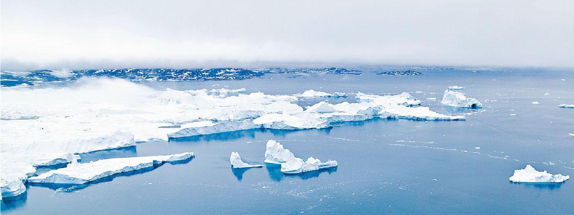 近年全球氣候變化,導致格陵蘭冰川融化速度加快,嚴重影響海洋生態。(Explora_2005@iStockphoto)