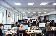 Facebook在德國柏林設內容審查中心,由職員審視爭議內容。(Getty Images)