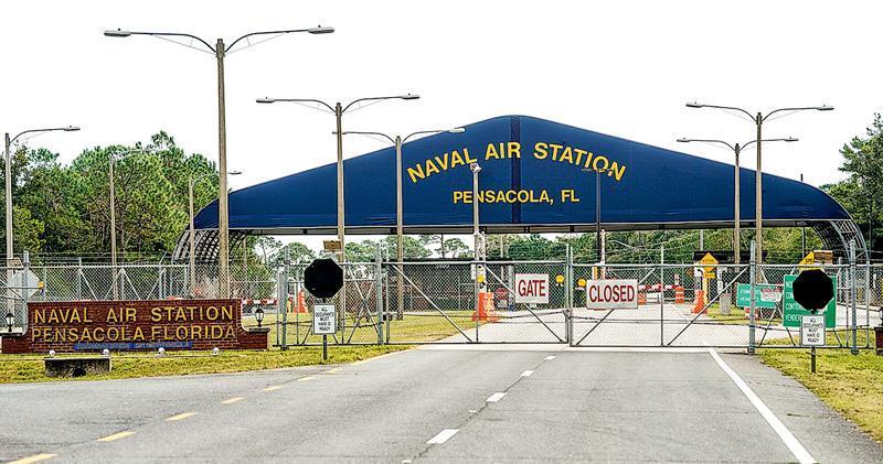 美國佛羅里達州彭薩科拉海軍航空基地(圖)上周五發生槍擊案,一名受訓的沙特阿拉伯軍官開槍造成至少3死8傷後被警方擊斃。(法新社)