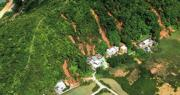 2008年6月7日特大暴雨引發大嶼山逾2500宗山泥傾瀉,回顧推算當天山泥傾瀉指數達126。圖為當日大澳新村發生嚴重泥石流。(土力處提供)