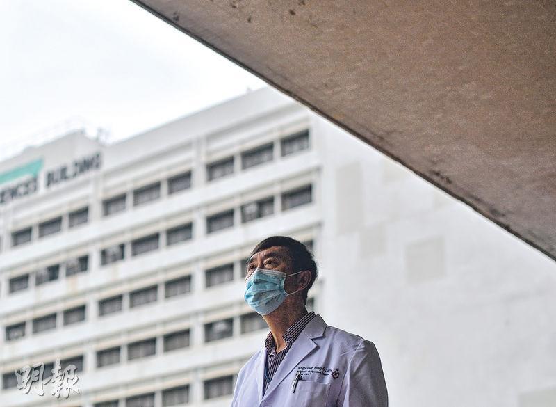 中大莫慶堯醫學講座教授沈祖堯認為,現時本港強制檢疫措施鬆散,需接受強制檢疫的人仍可離開檢疫地點,他認為靠接受檢疫者自律並不可靠。(鄧宗弘攝)