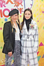 鍾舒漫(左)和王君馨(右)昨日錄影節目《娛樂大家10點半》。(攝影/記者:鍾一虹)