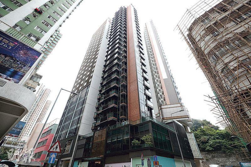 香港仔南津‧迎岸有不足200方呎的開放式單位以8200元租出,為港島近年入伙盤最平租紀錄。(曾憲宗攝)
