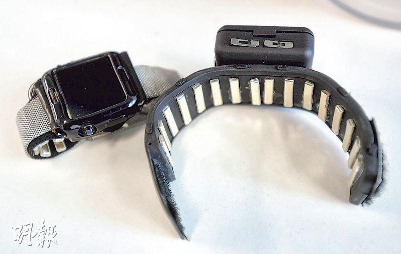 Gense還運用EIT技術的原理來研發手勢辨識技術,計劃應用於智能家居控制和手語翻譯,圖為它研發中配合智能手表使用的表帶原型。(劉焌陶攝)