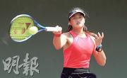港隊新星王康怡(圖)因疫情暫停比賽4個月後,昨在精英邀請賽封后,但自言未重拾比賽節奏。(黃頴恩攝)