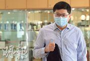 醫管局行政總裁高拔陞昨日表示,除了加大公營系統接收力,該局亦正與私家醫院商討分流穩定確診患者的可行性。(劉焌陶攝)