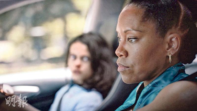 超級英雄電影或劇集很少找黑人女演員擔正,《保衛奇俠》女主角雷珍娜京可說是少見例子。