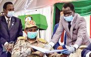 蘇丹軍方代表昨與5個叛軍組織簽署和約。(路透社)