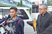 陳同佳(左)去年10月就洗黑錢罪刑滿出獄,在管浩鳴(右)陪同下稱願赴台受審。(資料圖片)