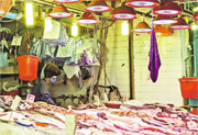「港大抗疫最前線」團隊於9月24日走訪中西區、油尖旺區和葵青區4個街市的魚檔,發現其中3個街市的大部分魚販向顧客提供共用毛巾,供選魚後擦手。(「港大抗疫最前線」提供)