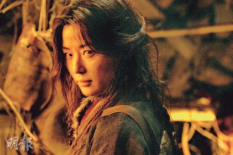 繼正在拍攝的《智異山》後,全智賢落實演出《屍戰朝鮮:雅信傳》。