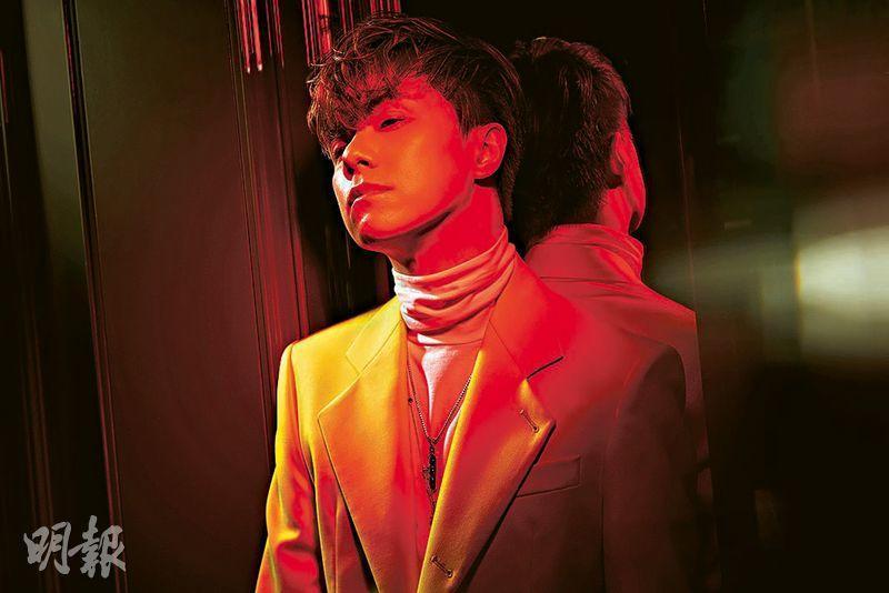 張敬軒宣布推出超級大碟,碟內收錄11首廣東歌及6首國語歌,合共17首作品全由他親自監修。