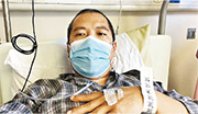 尼泊爾裔男子Dilip(圖)病發後第6及第9天到檢測站,兩次均呈陰性。他在第二次檢測當天召救護車送院,始驗出陽性。事主質疑政府沒妥善監管承辦商,促當局交代。(區議員何富榮提供)