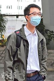 醫生丁允文作供稱,相信死者或因喉管脫掉致氧氣不足,繼而引致心臟停頓。(劉焌陶攝)
