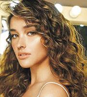 索貝拉諾(Liza Soberano)