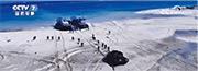 解放軍南部戰區多軍兵種,在南海西沙群島中建島演練。(網上圖片)