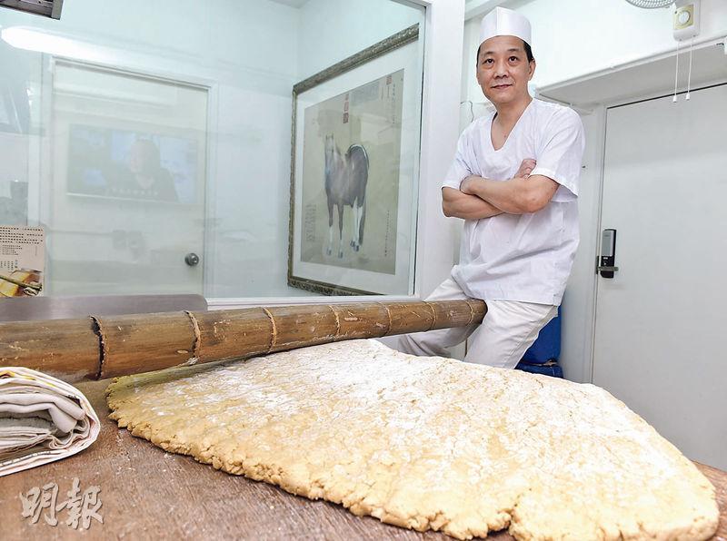 黃祥安師傅入行多年,仍然喜歡製作竹昇麵。