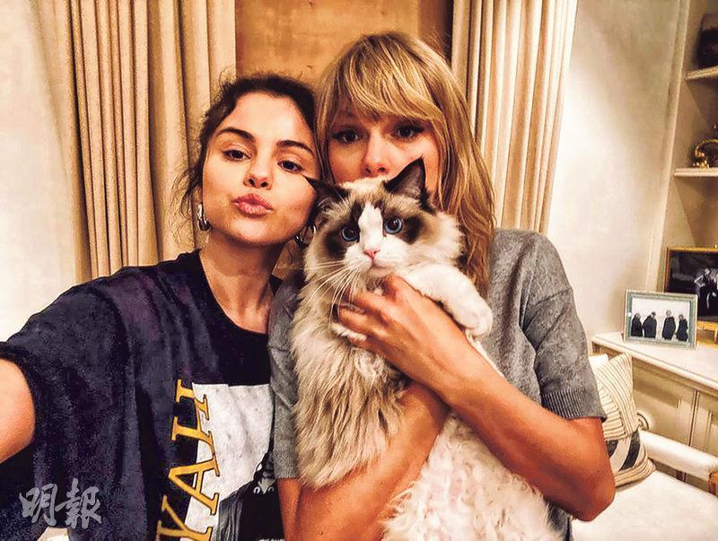 Selena Gomez(左)和Taylor Swift(右)的友情超過10年,近年較少被拍到一起,前日Selena在社交網貼出兩人的合照。