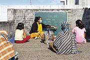 新冠病毒疫情導致學校停課,增加童婚風險。(©UNICEF/UN0392516/Kolari)(聯合國兒童基金會提供)