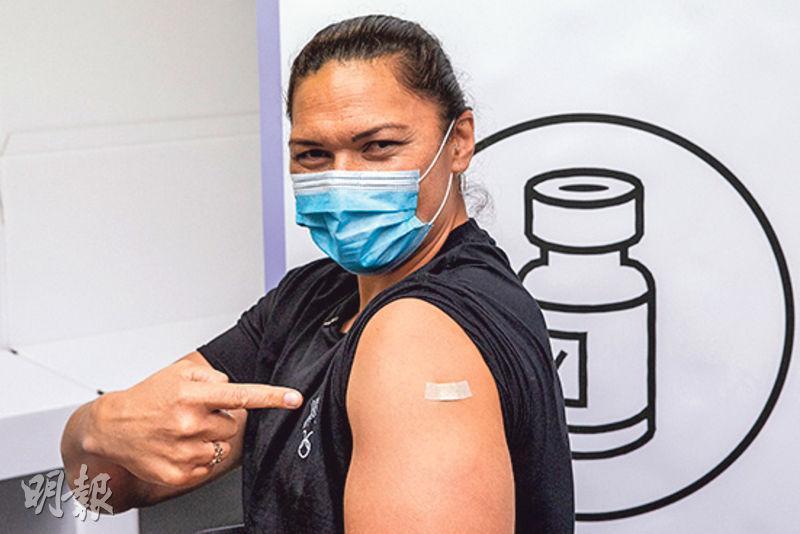 部分東奧選手近日在所屬國家注射疫苗,包括兩屆奧運女子鉛球金牌得主的新西蘭隊名將華娜莉阿當絲(圖)。(Getty Images)