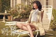 新垣結衣親自示範春裝,一雙白滑美腿成為網民談論的焦點。