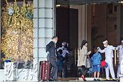 半島酒店母公司香港上海大酒店的營運總裁包華近日向員工發信,稱對員工拒絕打針感到憤怒,要求在8月底前員工接種率達七成,又稱集團受疫情影響,若未來數月未改善,不排除裁員。(李紹昌攝)