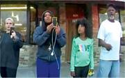 去年5月25日,時年17歲的弗雷澤(左二)在明尼阿波利斯市街頭,舉手機拍下弗洛伊德被警員跪頸死亡的經過並上載社交網絡,掀起各地反警暴、倡種族平等的示威,她因而獲頒普立茲特別獎。(路透社)