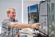 港大公共衛生學院教授高本恩領導的一項新冠疫苗抗體研究發現,接種兩劑復必泰(BioNTech)疫苗後,抗體水平較接種兩劑科興疫苗高約9倍。(賴俊傑攝)