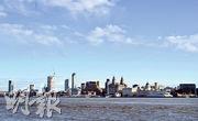 位於英國利物浦海濱的利物浦海事商城周三被UNESCO從世遺名錄上除名,理由是當地過度發展。(法新社)